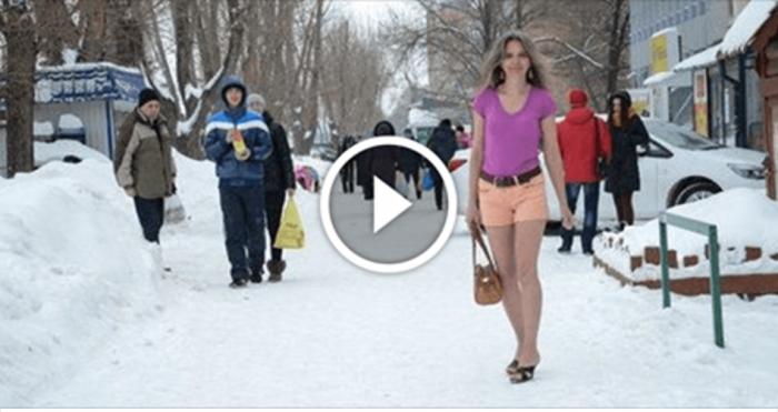 Россиянка всю зиму ходит в летней одежде и легкой обуви