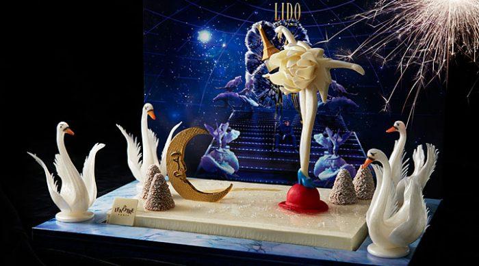 Французские кондитеры представили к Новогодним праздникам уникальные торты