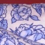 Эта мама купила красивые наволочки с нарисованными цветами. Когда дома к рисунку пригляделись – у всех случился шок!