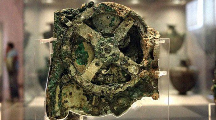 Антикитерский механизм. 115 лет назад со дна моря подняли нечто, что не укладывается в рамки нашего представления о мире