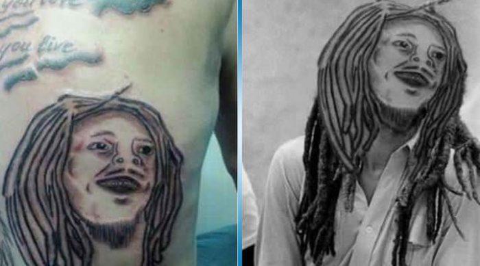 Однажды гениальному человеку пришла в голову идея пририсовать плохие тату к их оригиналу. Мы хрюкали от смеха!