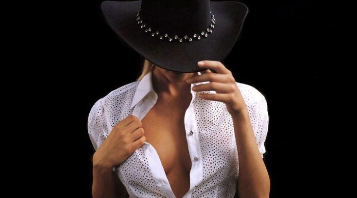 Зачем носить шапку: 7 причин обзавестись головным убором