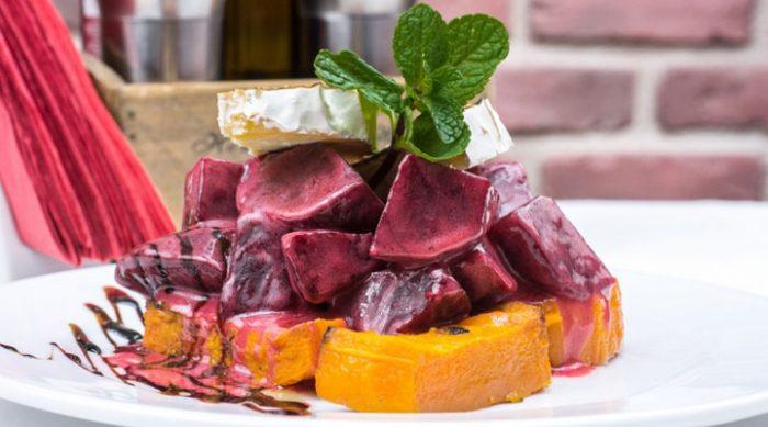 Блюда из свеклы: 7 рецептов, которые стоит попробовать
