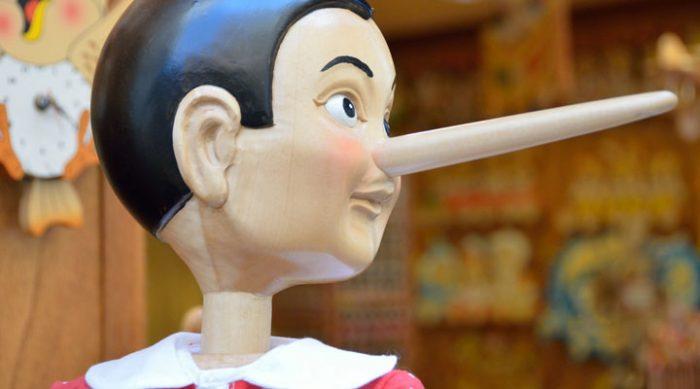 Как понять, что человек врет: 7 главных признаков лжи