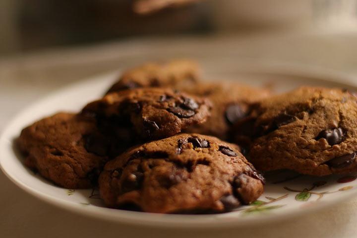 Печенье с шоколадной крошкой