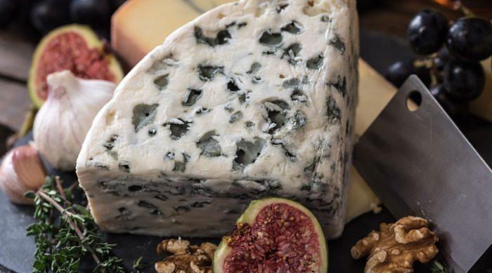 Рецепты с сыром с плесенью: 5 блюд, которые вы обязательно полюбите!