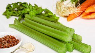 Как приготовить сельдерей: 5 вкуснейших рецептов с корнями и стеблями