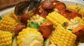 Блюда из кукурузы: 7 вкусных рецептов, которые стоит попробовать