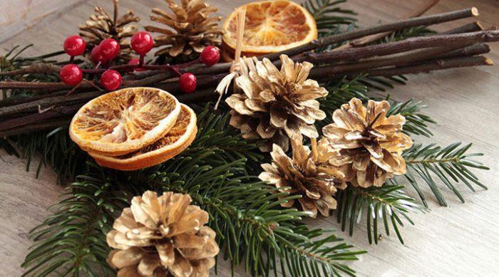 Как украсить стол к Новому году: 8 свежих и интересных идей